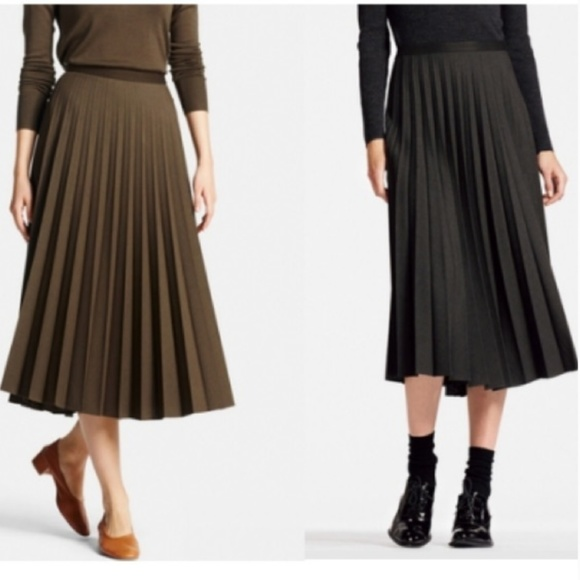 c38312657c Uniqlo Skirts | High Waisted Pleated Skirt | Poshmark